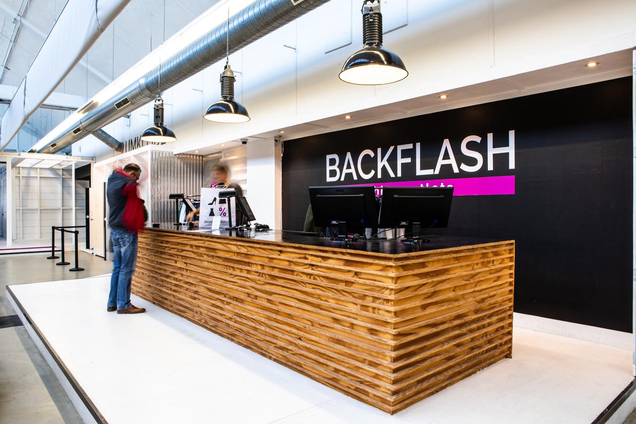 Backflash Fashion Outlet